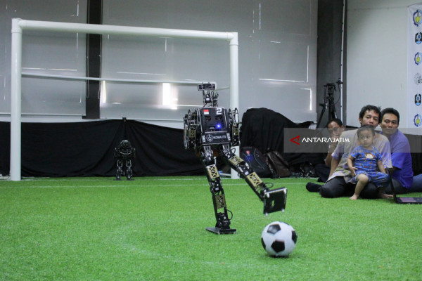 Robot Karya Mahasiswa ITS