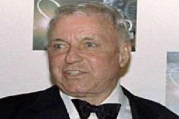 Berduka, Istri Pertama Frank Sinatra Wafat