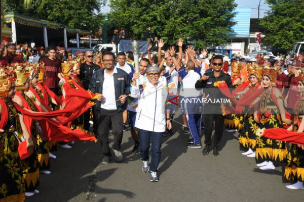 Community Festival Highlights Torch Arrival in Banyuwangi