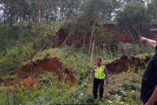 Lereng Gunung Wilis Ponorogo Longsor