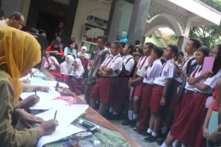 Belasan SMP Tulungagung Kekurangan Siswa Baru