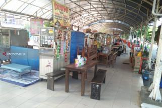 Sentra PKL Kawasan Religi Ampel Surabaya Sepi Pengunjung