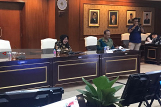 Risma Kembangkan Tiga Inovasi Pelayanan Publik di Surabaya