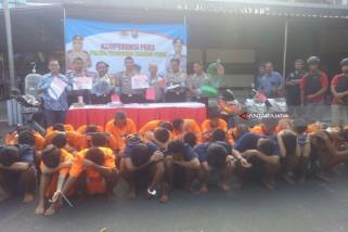Polisi Bekuk 36 Penjahat di Tanjung Perak