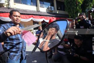 Polisi Surabaya Bekuk Remaja Pelaku Begal