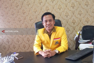 Advokat Muda Arif Fathoni Siap Perjuangkan Nasib Masyarakat Miskin Surabaya