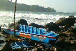 Pencarian Nelayan Korban Kecelakaan Laut Munjungan Terkendala Cuaca
