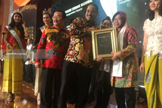 Risma Optimalkan Pengembangan Pariwisata di Kota Surabaya