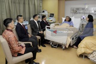 BJ Habibie Jenguk SBY