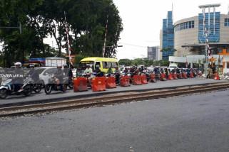 Pemkot Surabaya-KAI Bahas Pemasangan Block Rel Royal Plaza