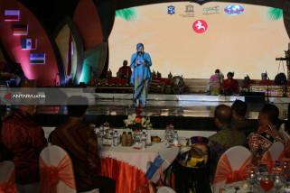 Risma Berharap Surabaya Jadi Rumah Kedua Peserta Cross Culture