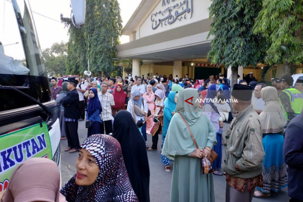 Wali Kota Kediri Meminta Jamaah Calon Haji Jaga Stamina