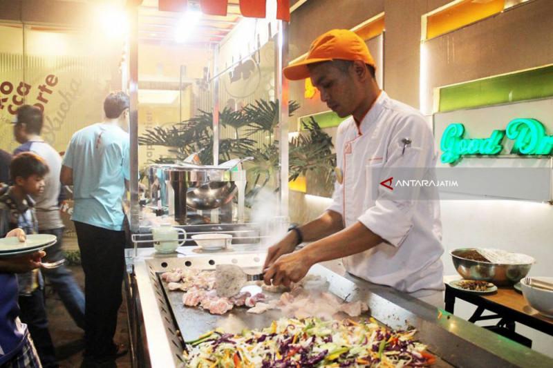"Hotel di Bandung Gelar ""Barbeque Festival"""