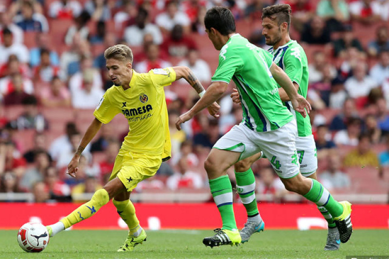AC Milan Rekrut Penyerang Villareal Castillejo dan Gelandang Genoa Diego Laxalt