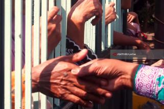 Pejabat Gubernur Berangkatkan Jamaah Calon Haji NTT