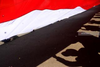 Tentang Merah Putih Raksasa dan Tabuhan Drum di Malaysia