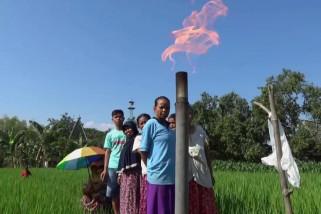 Sumur Irigasi Warga Ngawi Keluarkan Gas Mudah Terbakar