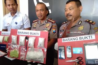 Polrestabes Surabaya Bekuk Pengedar Narkoba