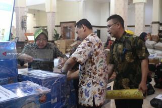 Pemkot Surabaya Kirim 709 Pak Bantuan Korban Gempa Lombok