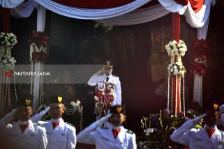 Risma Kualitas SDM Warga di Surabaya Meningkat
