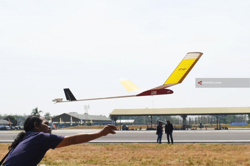Sebanyak 115 Atlet Ikuti Kejurnas Aeromodeling di Magetan (Video)