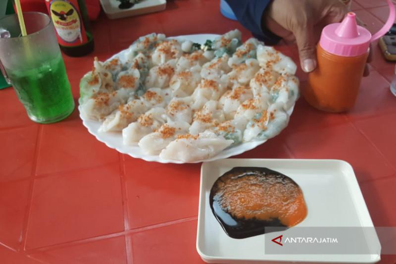 Lezatnya Kue Choi Pan di Rumah Kuno Singkawang