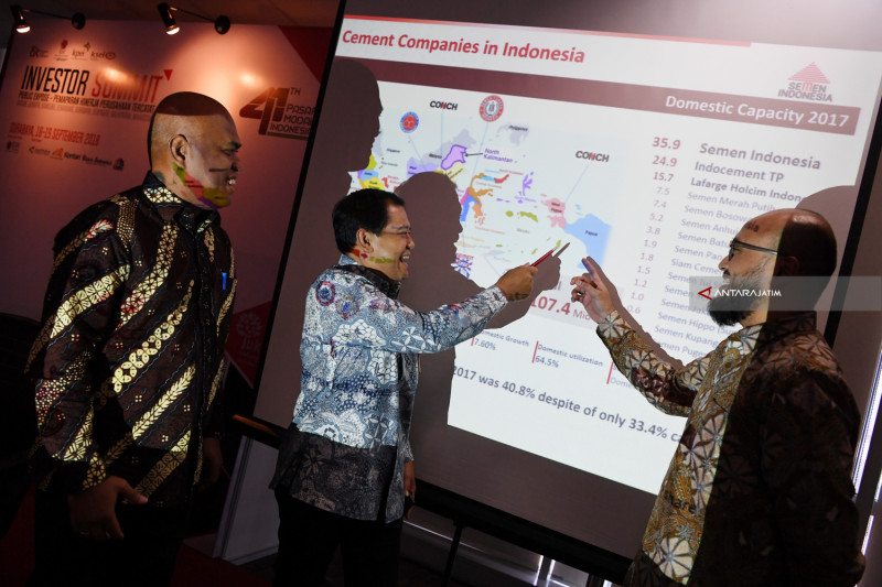 Pemaparan Semen Indonesia Investor Summit