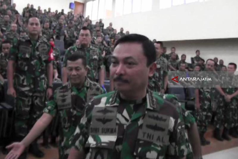 "TNI Siap ""Launching"" Kapal Selam Buatan PAL"