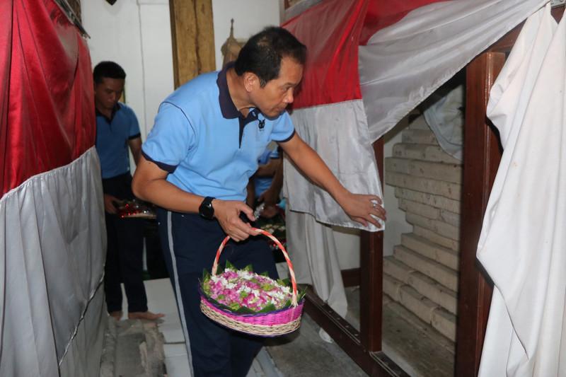 TNI AU Ziarah ke Makam Pejuang Perintis