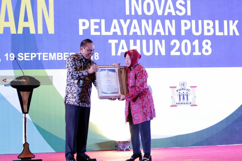 Kota Surabaya Raih Penghargaan Top 99 Sinovik
