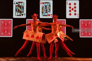 Video - Pentas Amal Balet Alice in Wonderland untuk Korban Gempa Lombok