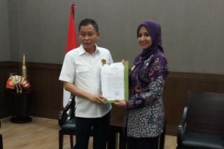 Bupati Jember Serahkan Surat Keberatan Izin Tambang kepada Menteri ESDM