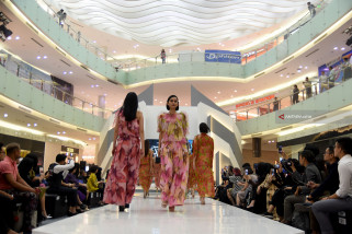 Ciputra World Fashion Week