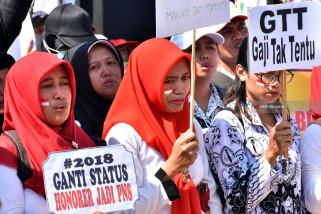 Ribuan GTT/PTT Trenggalek Terima Insentif Triwulan Ketiga