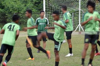 Hadapi Mitra Kukar, Djanur Ingatkan Pemainnya Konsentrasi 90 Menit