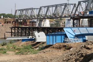 Pembangunan Jembatan Kereta Api