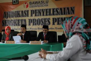 Sidang Putusan Bacaleg Mantan Terpidana Korupsi
