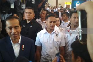 Jokowi: Presiden Disuruh Loncat Itu Namanya Gila Bro