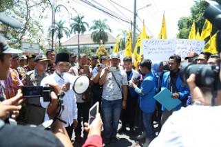 PMII Lumajang Aksi Damai Mengenang 1.000 Hari Wafatnya Salim Kancil