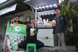 Mahasiswa UMM Sukses Kembangkan Minuman Kaw Kaw Thai Tea
