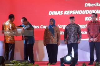 Dapat Penghargaan, Dispendukcapil Surabaya Terus Ciptakan Inovasi Baru Pelayanan Publik