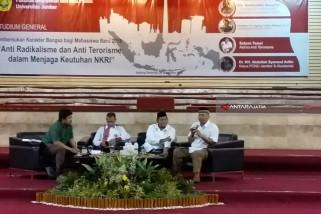 BNPT Ingatkan Mahasiswa Unej Waspadai Penyebaran Radikalisme-Terorisme Lewat Media Sosial