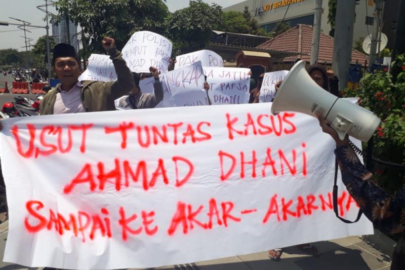 Gelar Aksi, KMPJ Siap Kawal Kasus Ahmad Dhani
