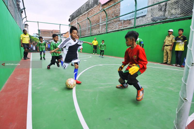 Pemerintah Kota Surabaya Miliki 403 Lapangan Olahraga