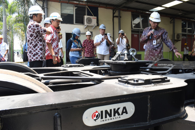 PT INKA Develops Tourism Education Program