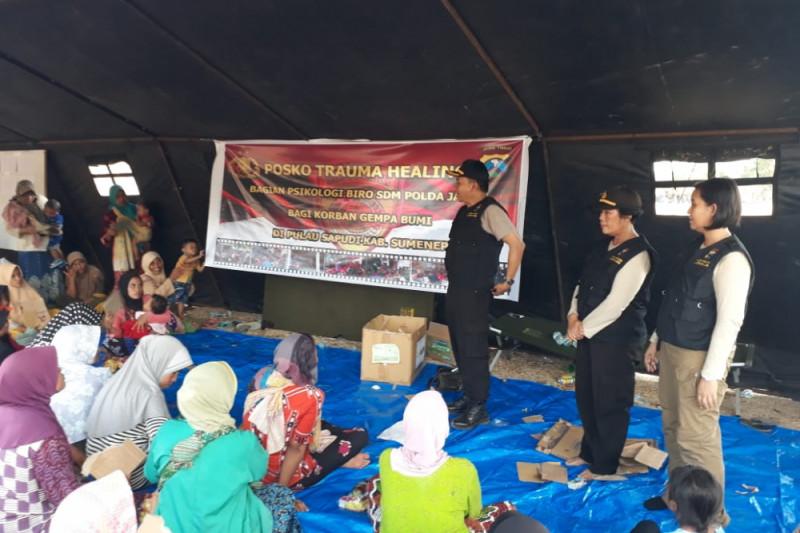 Polda Jatim Lakukan Pendampingan Psikologis Kepada Korban Gempa Sapudi
