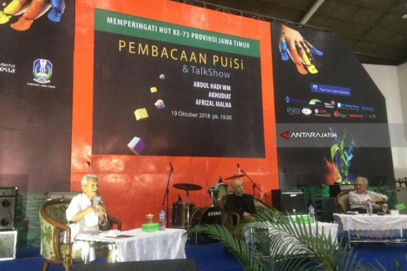 Sastra Indonesia Kini Berkembang Tanpa Telaah