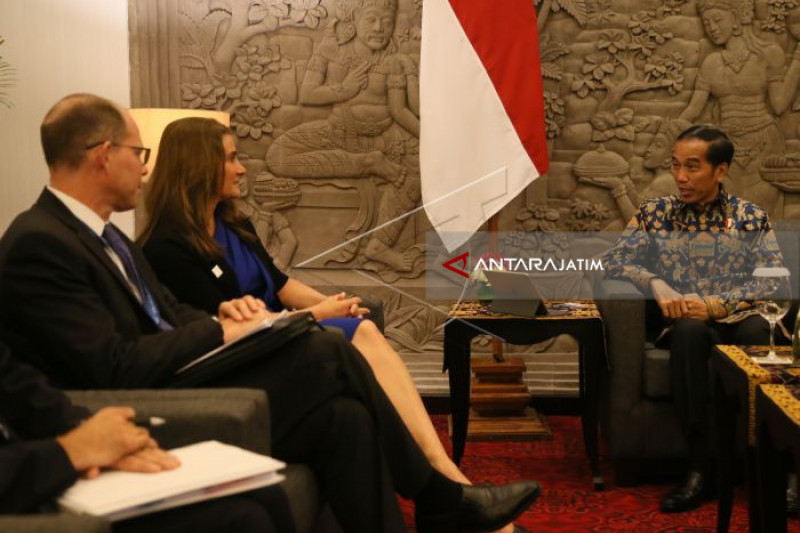 Jokowi Meets With Melinda Gates
