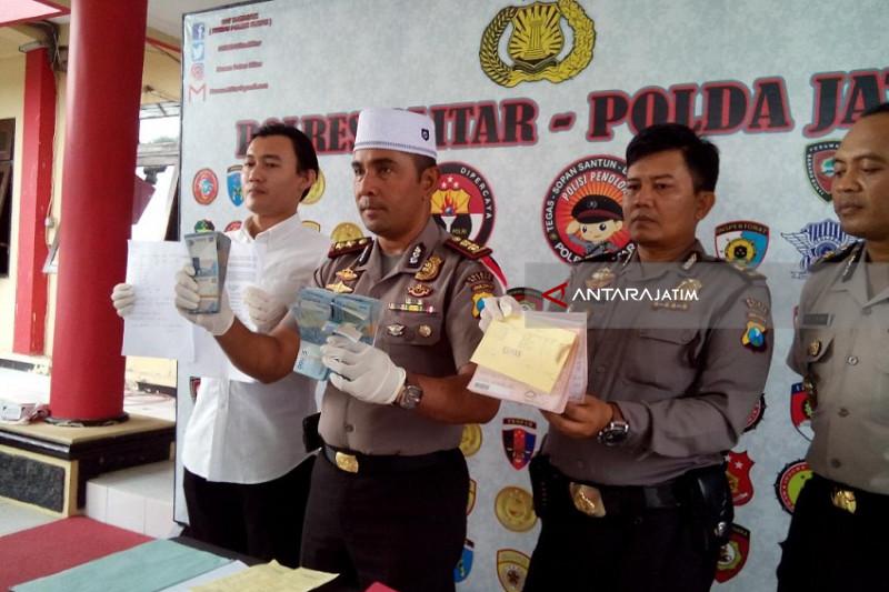 Dua Oknum PNS Kecamatan di Blitar Ditangkap Polisi