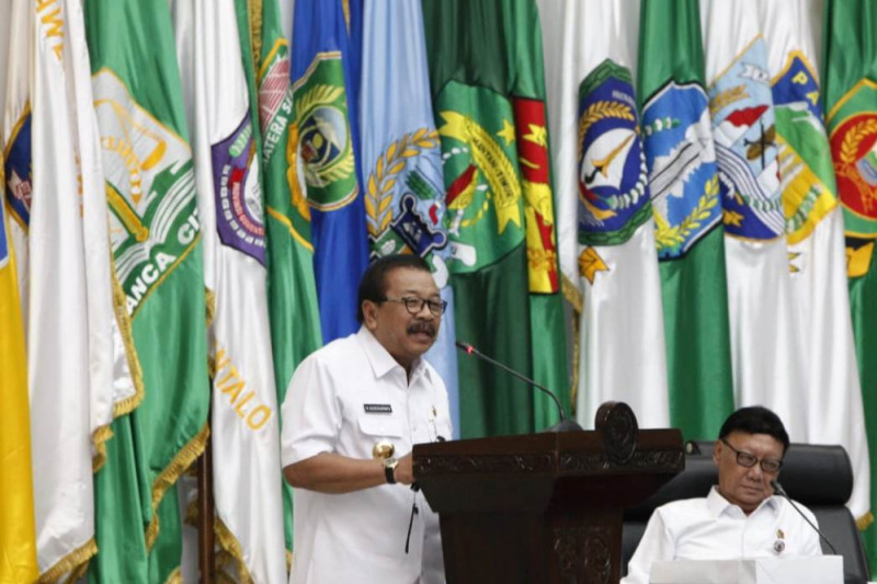 Pakde Karwo Dipercaya Mendagri Beri Pengarahan di Rakor Sinergitas